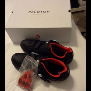 Peloton Men's Cycling Shoes NWOT